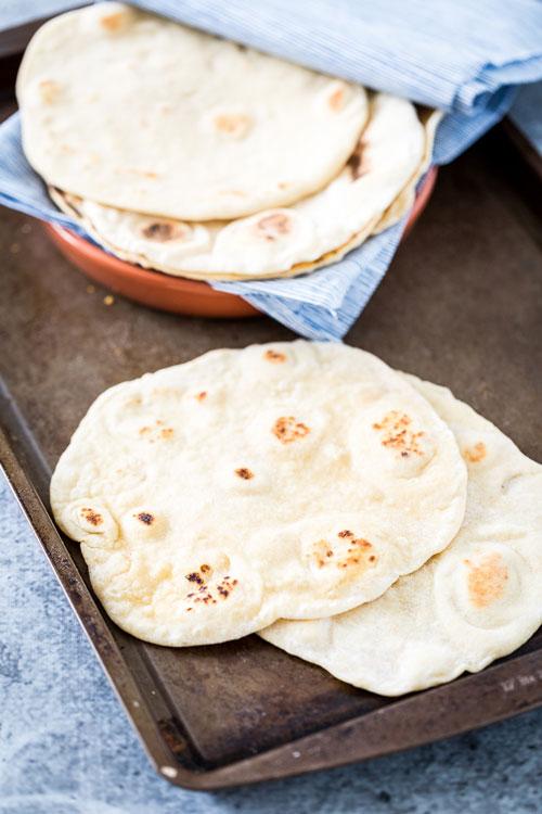 نان ترتیلا چیست